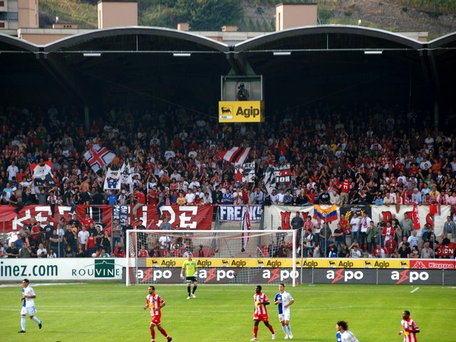 sion-grasshoppers